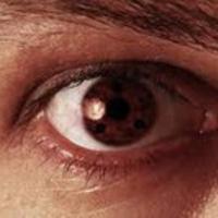 Почему правый глаз часто дергается