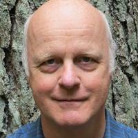 Prisbelonad professor har utfort fjorton offentliga verk