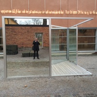 Bilder. Andy Warhol │ Machines have less problems │ Affisch - Moderna Museet.