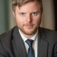 Photo of Dr Max Skjonsberg