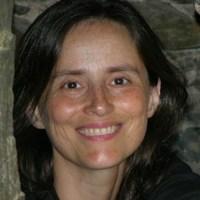 Cláudia Castelo